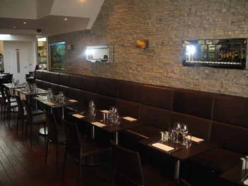 Aqua restaurant with Dreamwall PR-20 installation