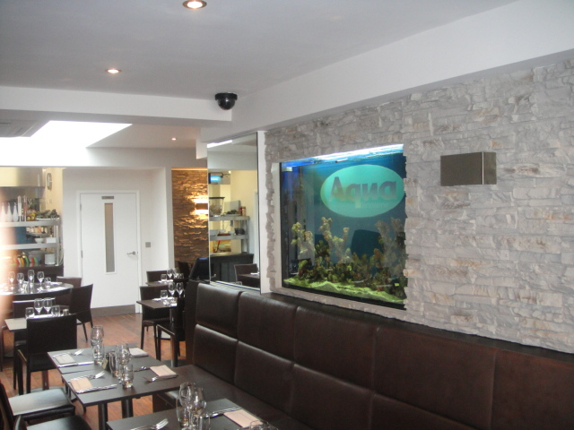 New restaurant Aqua in croydon use Dreamwall's PR-20 as a feature wall