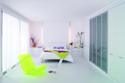 Hammonds Furniture Horizon White featuring Dreamwall Rustic Brick