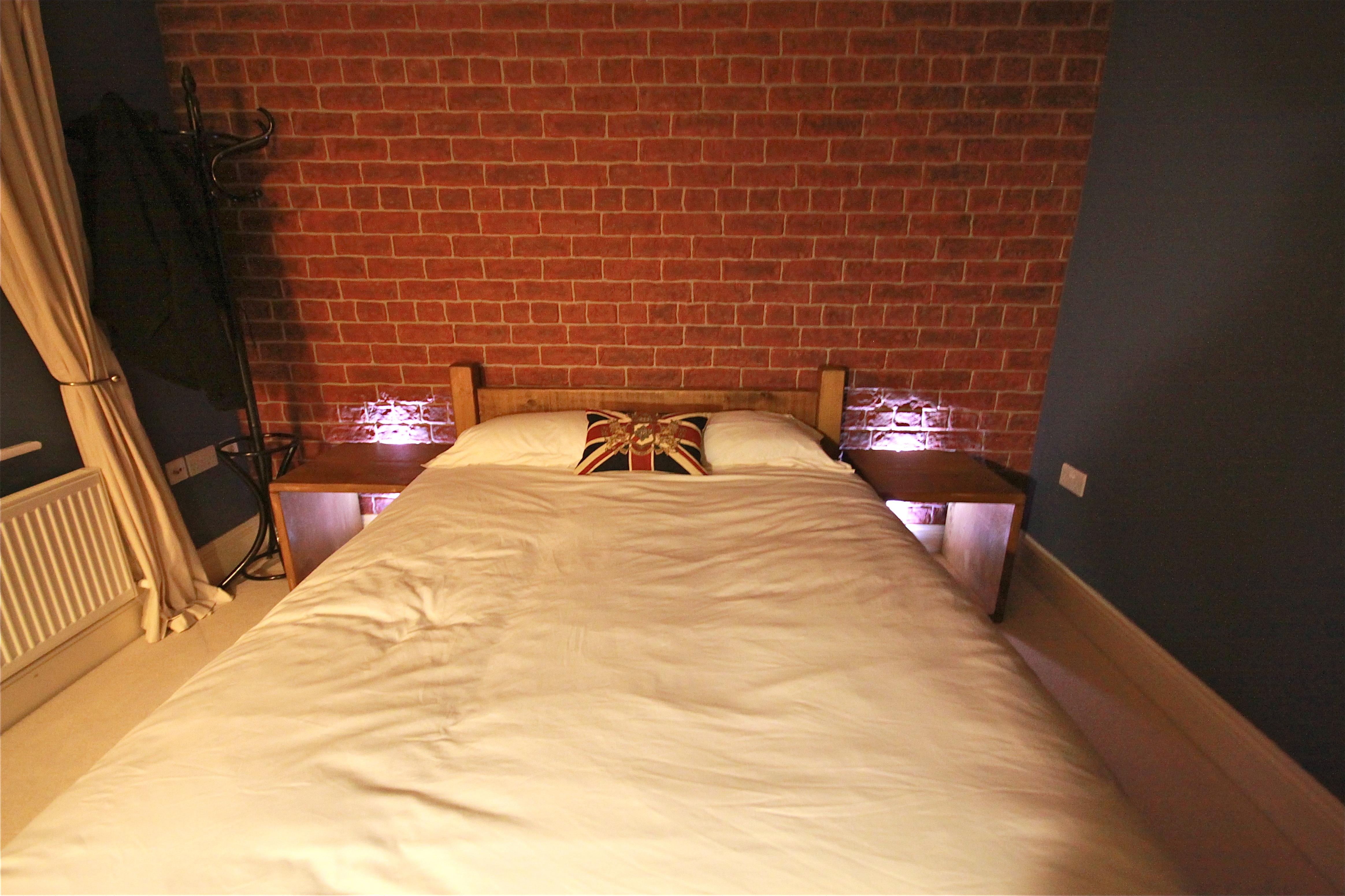 March 2011 39 dreamwall style blog 39 - Brick wallpaper bedroom design ...