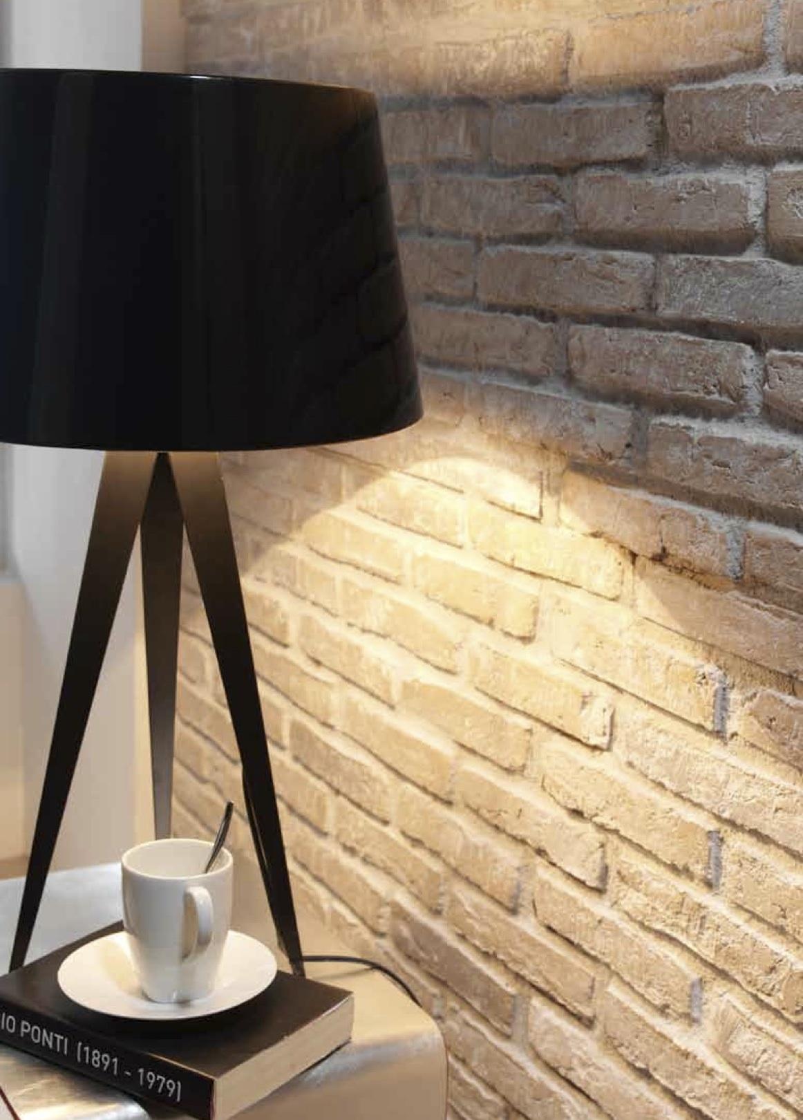 Faux brick wall dreamwall wallcoverings with a - Imitacion a ladrillo ...