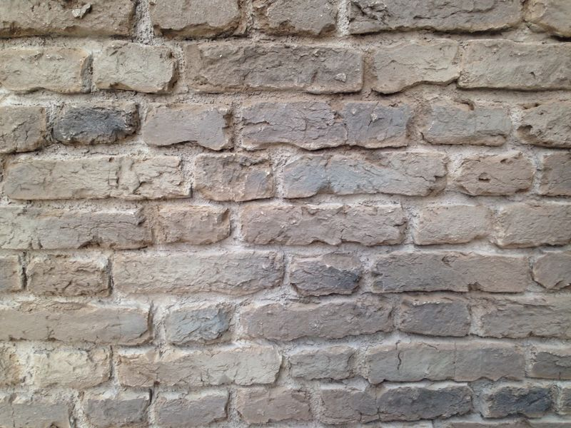 Pr 553 old english brick panel in brown from dreamwall - Artificial brick wall panels ...