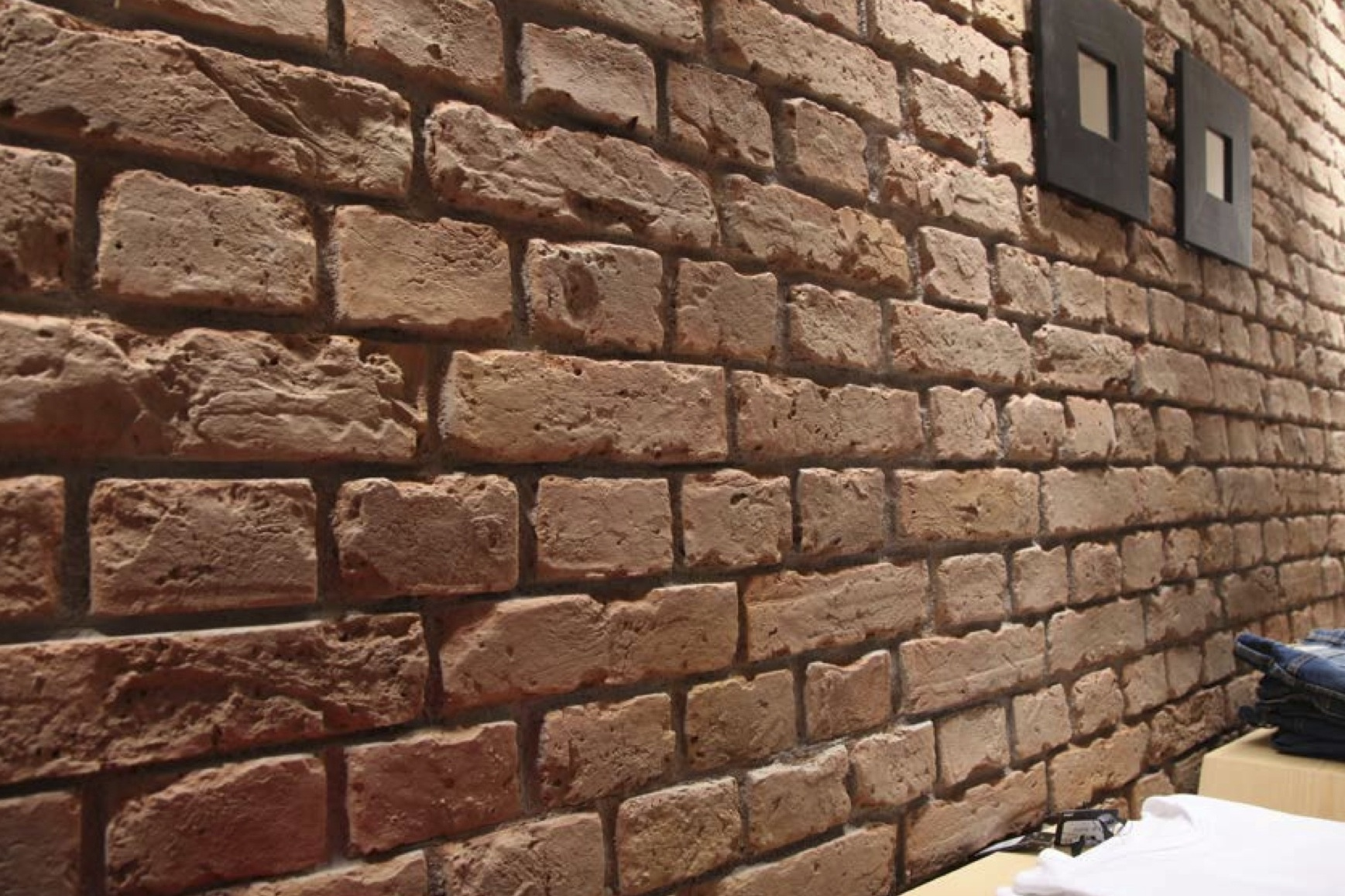 Brick Wall Paneling : Rustic brick dreamwall wallcoverings with a difference